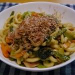 【お昼はうどん】余った野菜で作る焼きうどんは最高だぜっ!〜なんでや!?焼きうどんっておかずやろ!!??