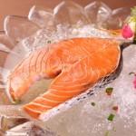 鮭(シャケ)〜焼きシャケ・ホイル焼き・バター焼き・お茶漬けなどなど♪小骨や皮までしっかり食べよう!!!